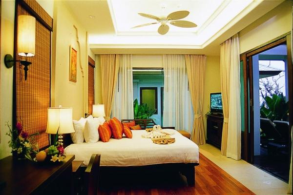 room05E4E9B0D3-8D98-EC20-2E36-336875DA1907.jpg