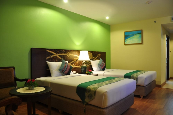 room1292AE2A5C-C4E1-B422-98A3-A9BA454AFD63.jpg