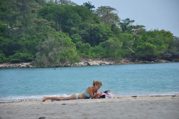 beach516DB112D-3254-F2AB-3B53-C64D5F41A075.jpg