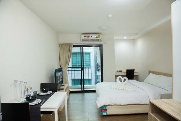 room6622C2B82-39F2-CA3E-6FA8-1D5768C26934.jpg