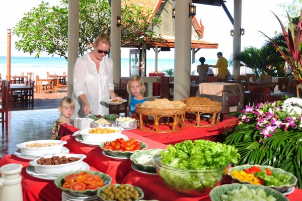 restaurant2B74DA81A-7FE6-60EB-E429-F9CAE5333480.jpg
