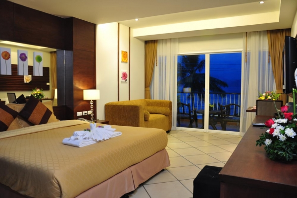 hotel-room140E758A21-D937-5E76-9899-41E1C9486615.jpg