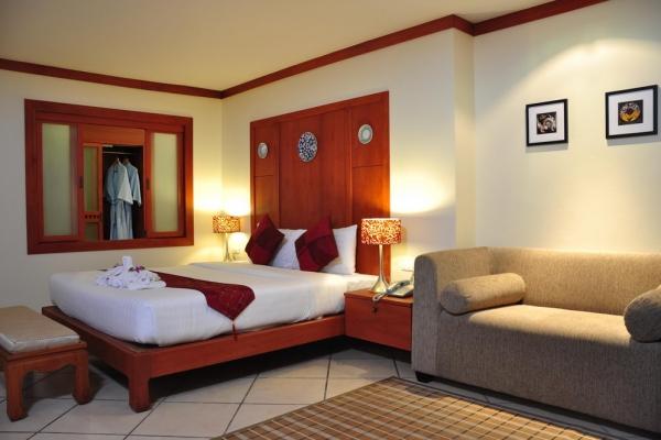 hotel-room1787D26BAE-6923-76A2-D081-2DFB9CEC3D77.jpg
