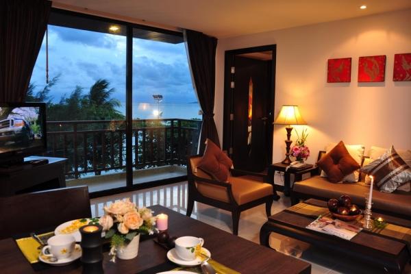 hotel-room323D9CFCBD-9011-5F92-935E-874541221EE2.jpg