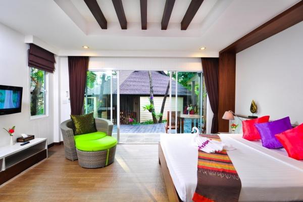 hotel-room486415B9D7-01BB-709D-08EA-4DFB5F1D8242.jpg
