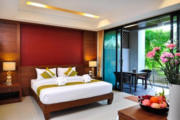 hotel-room51FE87364E-29BC-CFA8-E015-7F5B27853D26.jpg